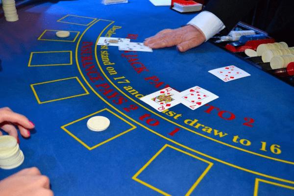 The Beginner's Guide: Blackjack Basics 12