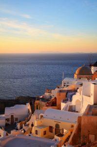 4 Amazing Tips to Enjoy a Greece Honeymoon 1