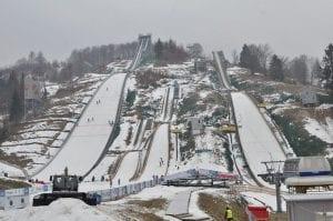 Râșnov Ski Jump - Wikipedia