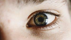 False eyelash tips and tricks