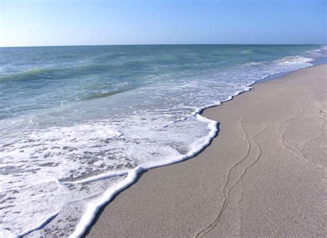 8 Awesome Sanibel Island Beaches 3