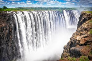 Curious World: 7 Natural Wonders Of The World 6