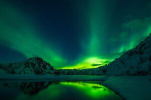 Curious World: 7 Natural Wonders Of The World 5