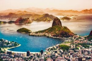 Curious World: 7 Natural Wonders Of The World 4