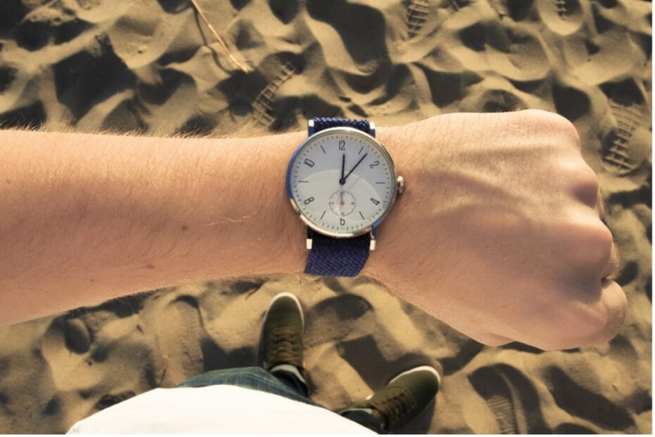 5 Analog Watches that Top This Year's Style List 9