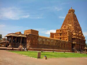 Best bike rides in South India - Temples in Tamil Nadu