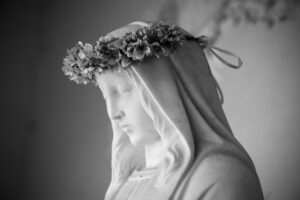 History of the rosary, Mother Mary