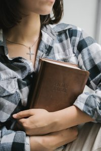 God helps everyone to cope with divorce